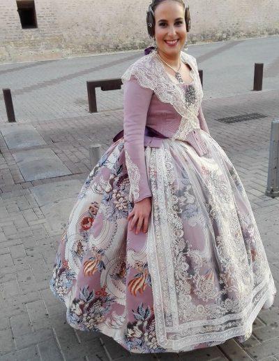 Indumentaria valenciana a medida De trajes regionales